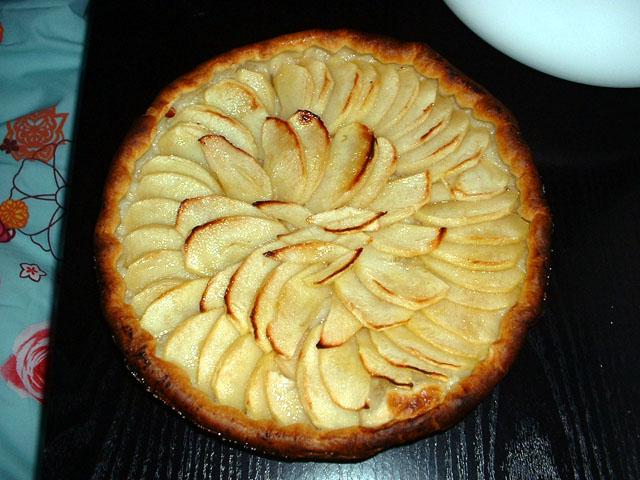 Tarte aux pommes, avant engloutissage